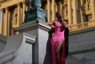 Советы для размышления при ношении разреза платья или юбки